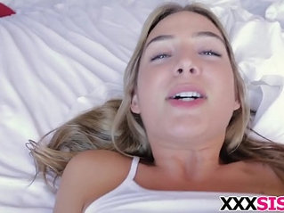 Stunning stepsis Blair Williams gets pussy nailed