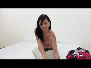 Povbitch Skinny brunette come to fuck for money and do it cheap