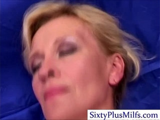 Kinky sexy mature lady in 3some