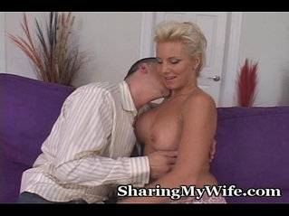 Older Lady Desires Younger Cock Fill Her Eager Pussy
